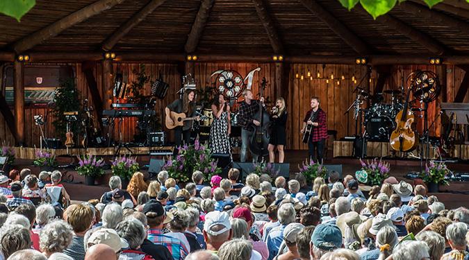 Sommersang i Mariehaven med Fjerritslev Rejser